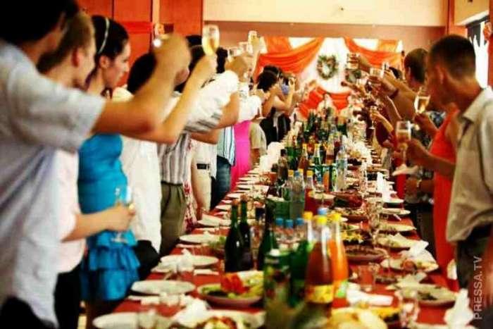 Знакомство на свадьбе
