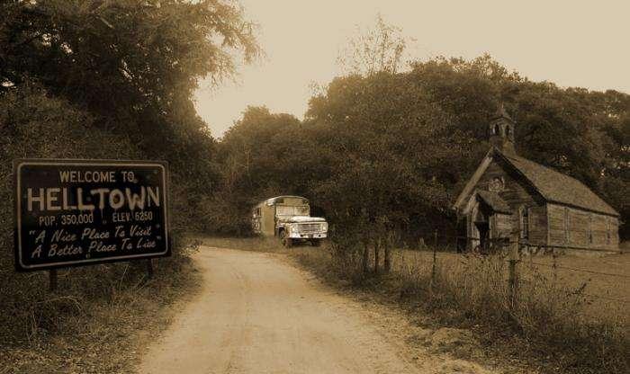 Жуткие легенды вокруг заброшенного -Адского города- в штате Огайо -5 фото-
