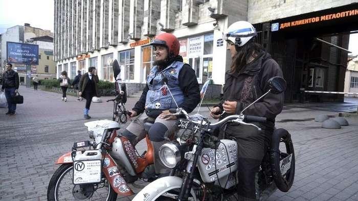 -Дешевый бензин-: чехи удивили словами о России-2 фото-