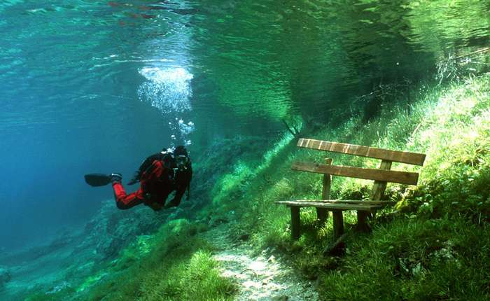 Невероятные чудеса под водой