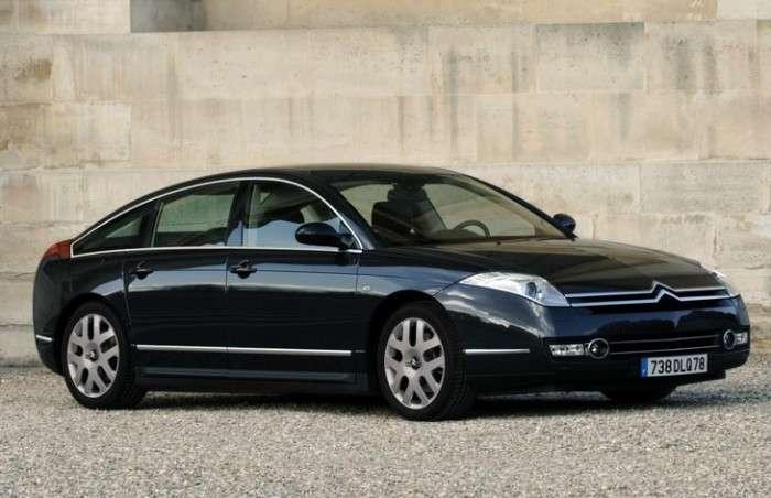 8 автомобилей, которые стали полным разочарованием для их владельцев