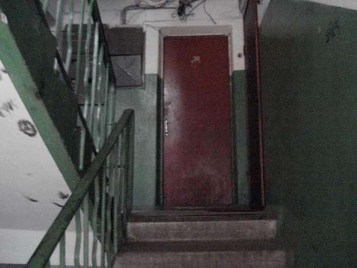 Почему двери в советских квартирах открывались всегда внутрь