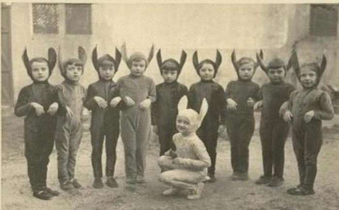 Хэллоуин 1930-х годов: жуткие костюмы прямиком из ночных кошмаров