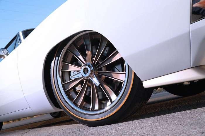 Один из лучших Dodge Charger с 7-литровым V8 под капотом