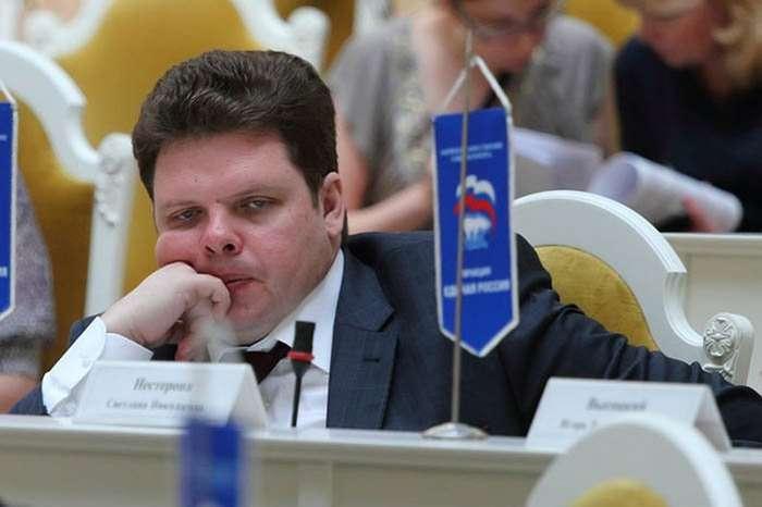 Жизнь в кредит и на благо народа: откровения парламентариев о зарплате-11 фото-