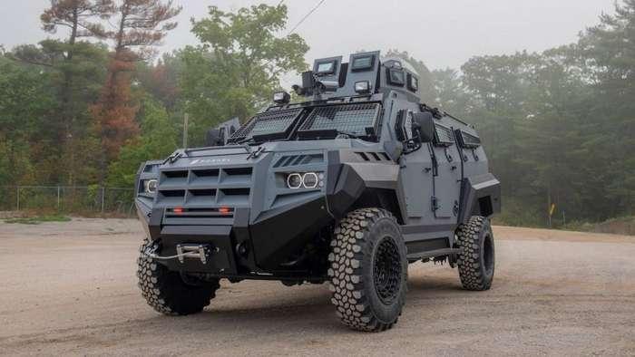 Senator APC - броневик для апокалипсиса из Канады-15 фото-