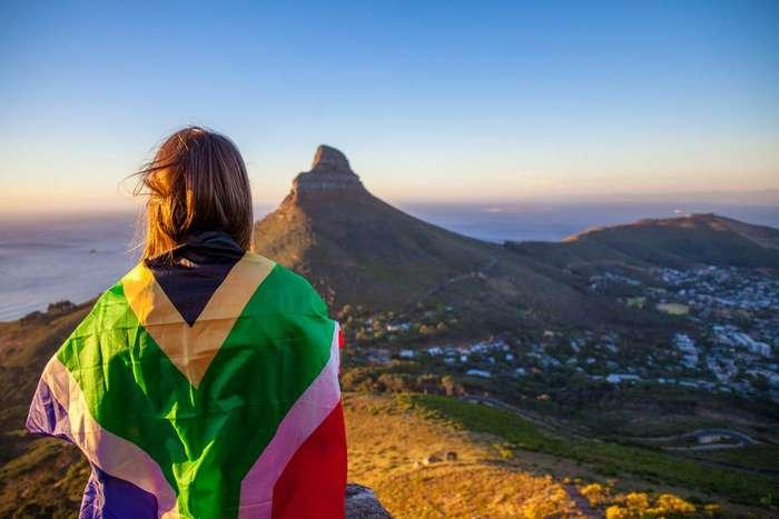 Люди, которые любят путешествовать, более успешны на работе