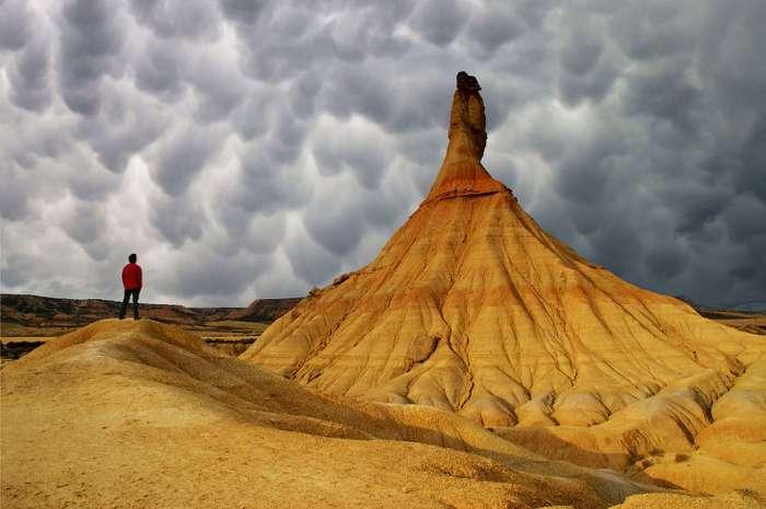 Поразительные облака Mammatus