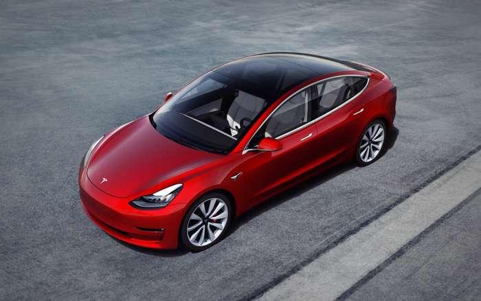 Показали новую бюджетную версию Tesla Model 3