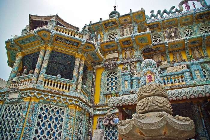 Китайский ресторатор создал фарфоровый замок, которому позавидовал бы даже великий Гауди