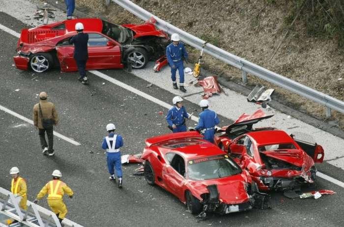 10 нелепых аварий на дорогах с участием знаменитостей