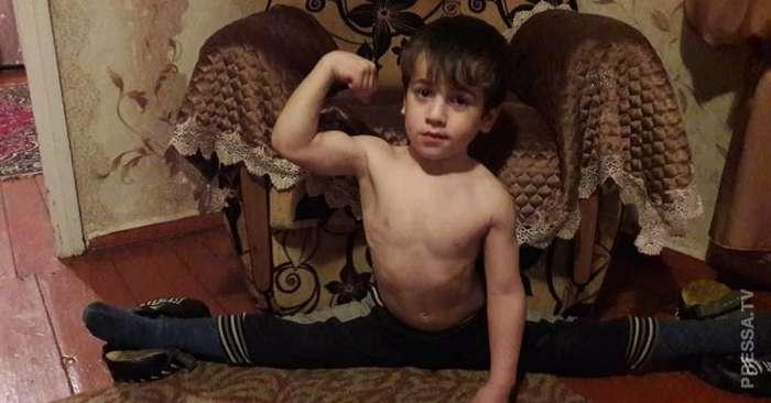 Рамзан Кадыров подарил Мерседес пятилетнему чеченцу