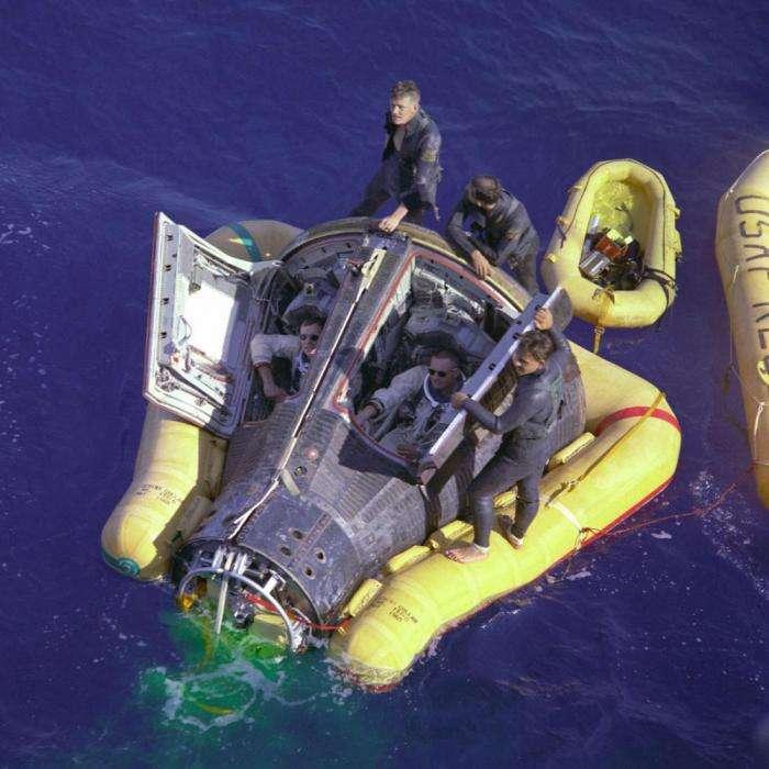 Скольких жизней стоила первая высадка человека на Луну? -8 фото-