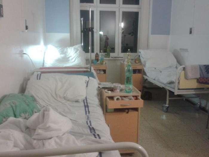 Пользователи Твиттера рассказали о неприятных случаях, связанных с врачами и больницами-16 фото-