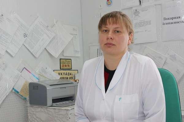 Наталья Нетесова приняла роды на трассе и согрела своим телом малыша