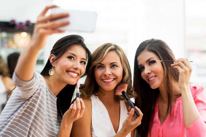 9 ошибок в соцсетях, которые разрушают наши отношения