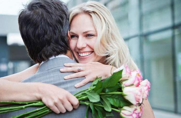 Почему мужчины встречаются со зрелыми женщинами?