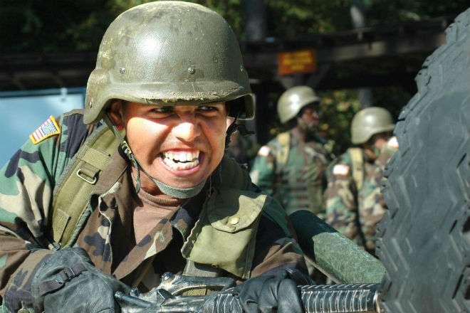 Тест на прочность военной каски США