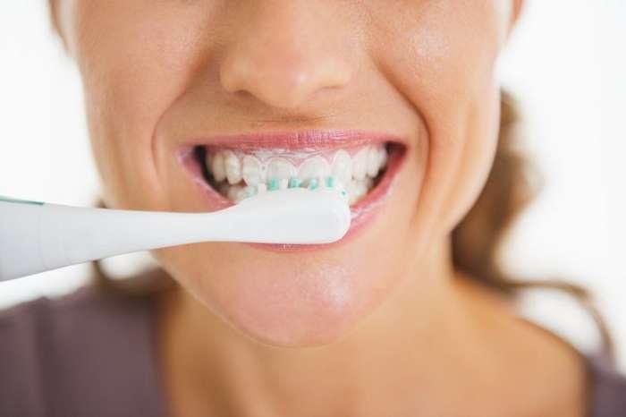 Простой уход: 5 советов, которые позволят вам избежать похода к стоматологу-6 фото + 4 видео-