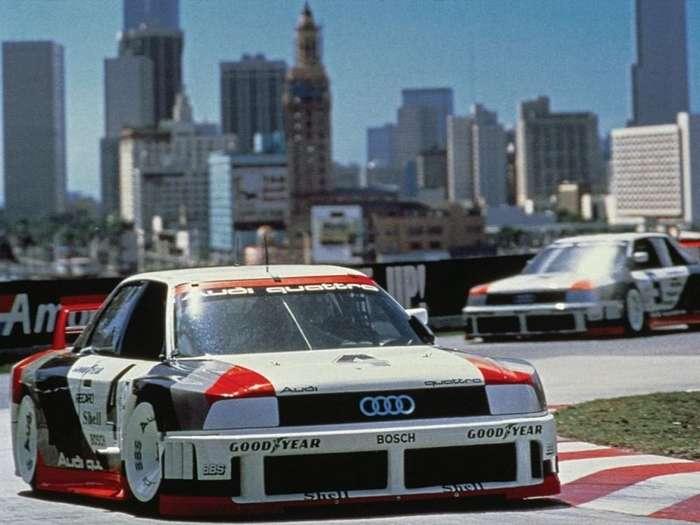 Назад в будущее: как бы выглядели культовые спорткары прошлого в наши дни-16 фото-