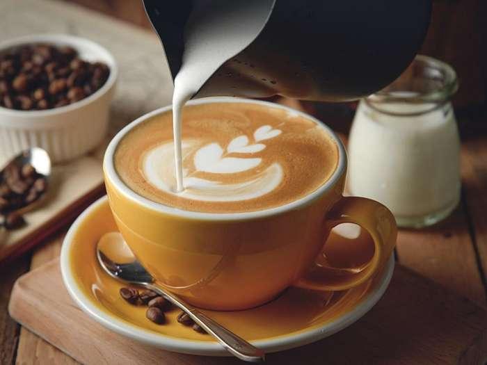 За чашку кофе выбрасывали в море: малоизвестные факты о любимом напитке