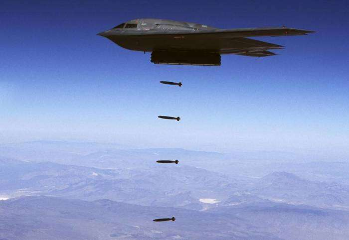 Самолет похожий на НЛО, который способен уничтожить надежнейшее укрепление
