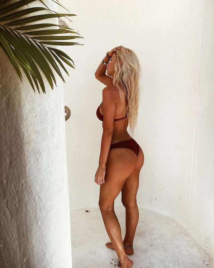 Самый сексуальный голкипер - Микэйла Димейтер
