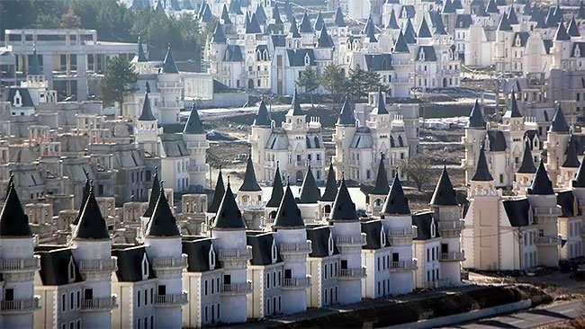Бурдж аль Бабас - роскошный город пустых замков