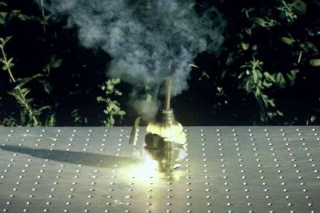 Что будет если взорвать обычную гранату в космосе -3 фото-