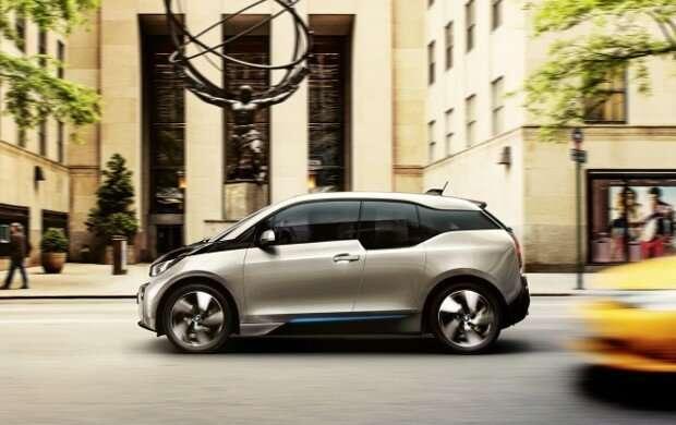 История возникновения автомобильной марки BMW-24 фото-