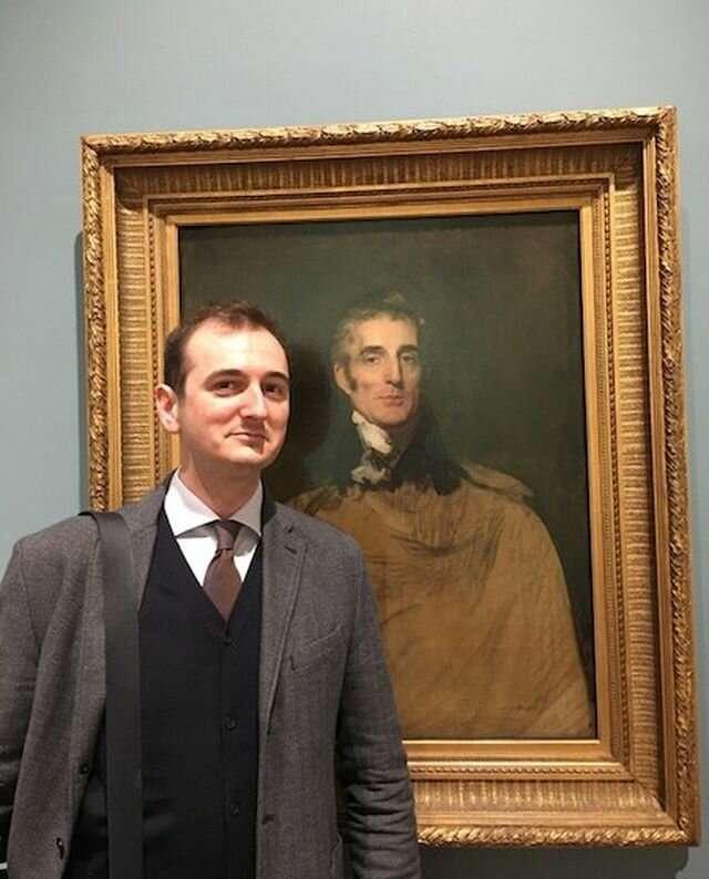 В Британии кот искусствоведа испортил картину XVII века-4 фото-