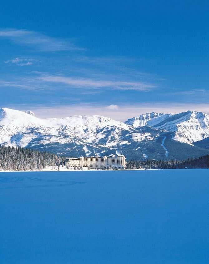 Уникальный отель в канадских горах-23 фото-