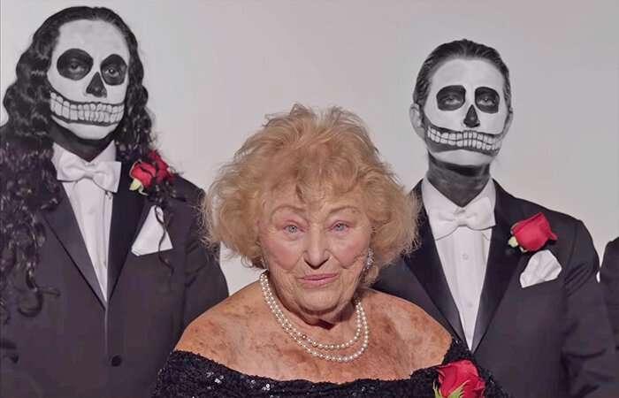 96-летняя бабуля, пережившая Холокост, теперь поет в дэт-метал группе-6 фото + 2 видео-