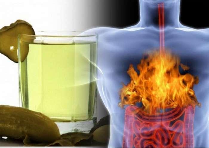 Не спешите выливать рассол: он вылечит желудок и станет панацеей еще при 6 недугах