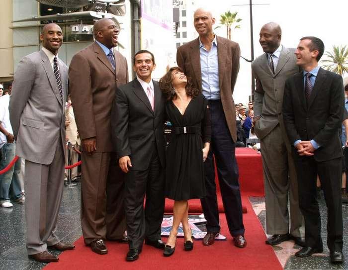 Великаны в большом спорте: невероятно высокие атлеты мира