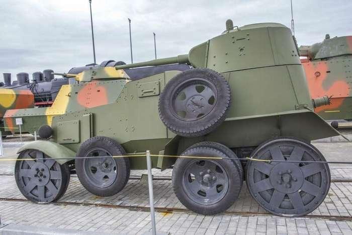 Рассказы об оружии. Колёсный танк БА-10 (28 фото)