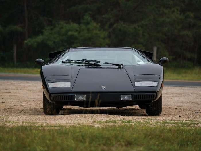 Lamborghini Countach LP400 -Periscopio-: ранний спорткар без безумной аэродинамики-13 фото-