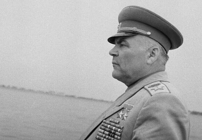 В дневниках Малиновского обнаружили причины поражения СССР в начале ВОВ                      Интересное