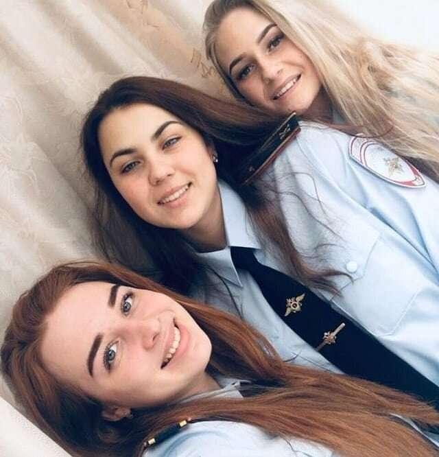 Красивые русские девушки в форме-30 фото-