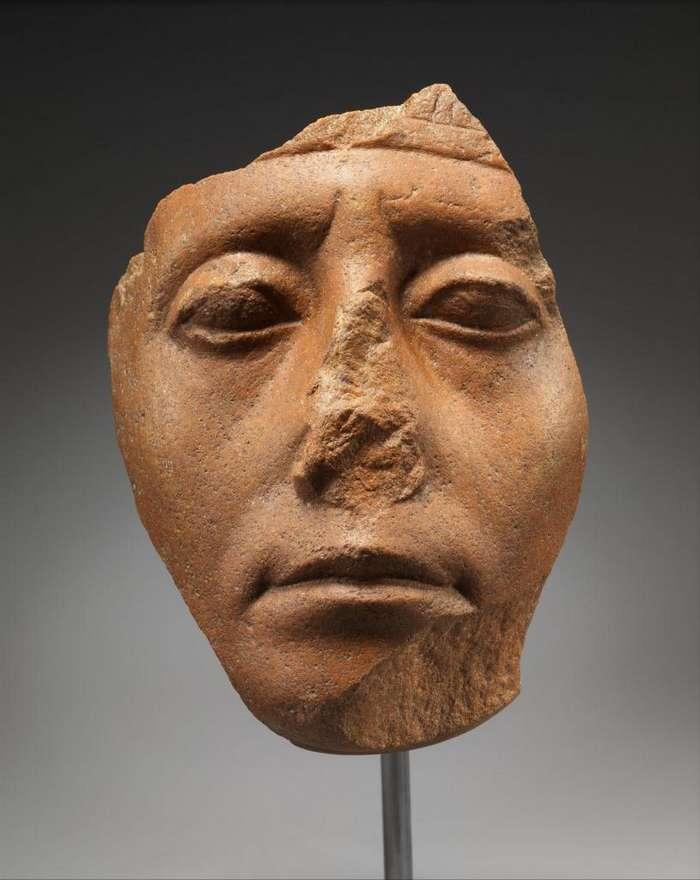 Мистический секрет. Почему у статуй из Древнего Египта отсутствуют носы Интересное