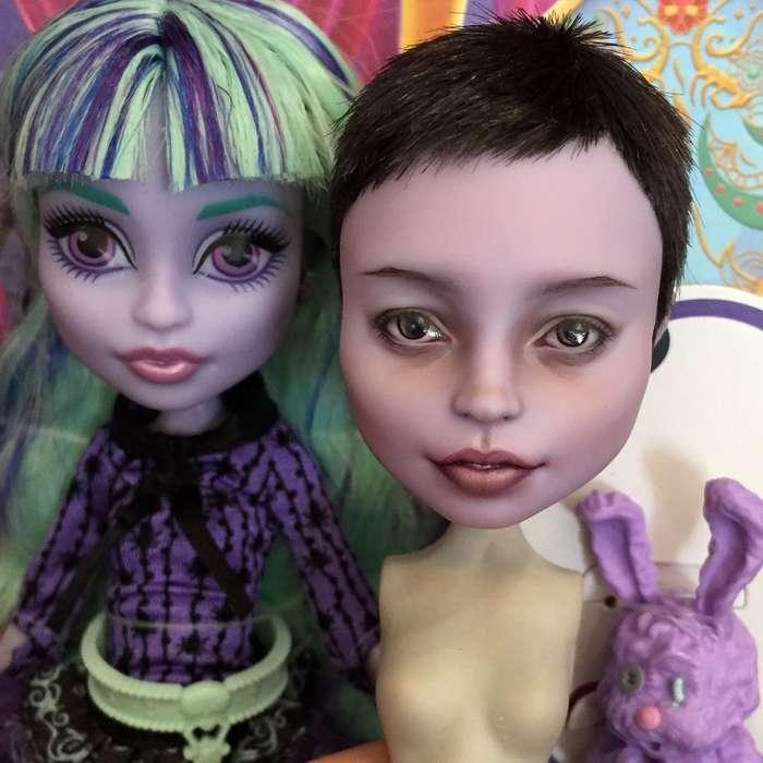 Художница преображает популярных кукол так, что окаждой изних мечтают коллекционеры совсей планеты