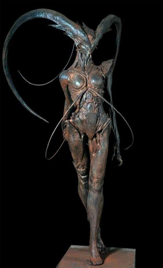 Мир монстров, прототипом которых стали насекомые                      Интересное