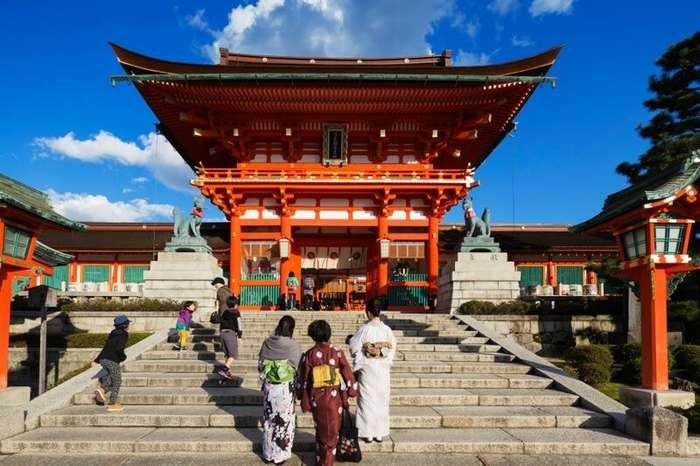 За что японцы выгоняют европейских туристов?-7 фото-