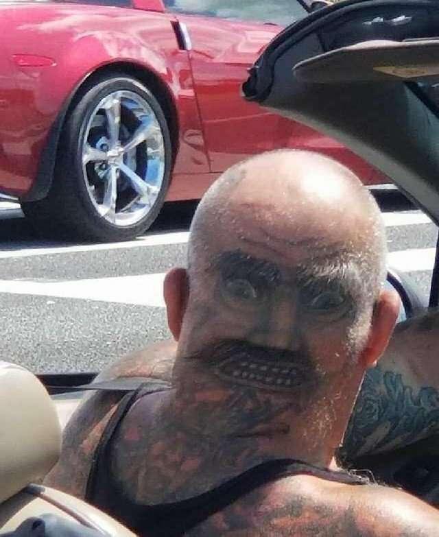 19 абсолютно упоротых татуировок, за которые горе-мастерам пора оторвать руки-20 фото-