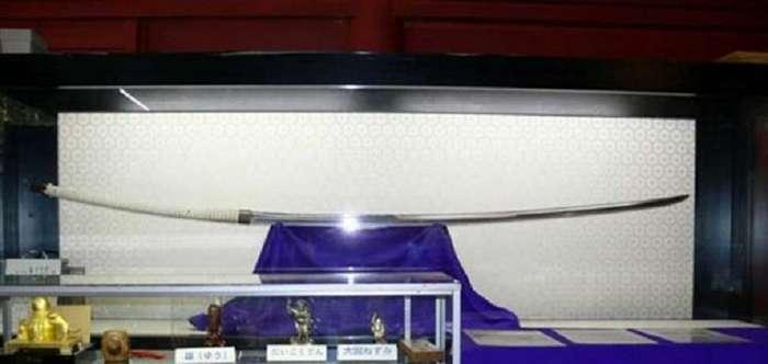Норимицу Одачи: кто мог быть хозяином меча длиной под 4 метра