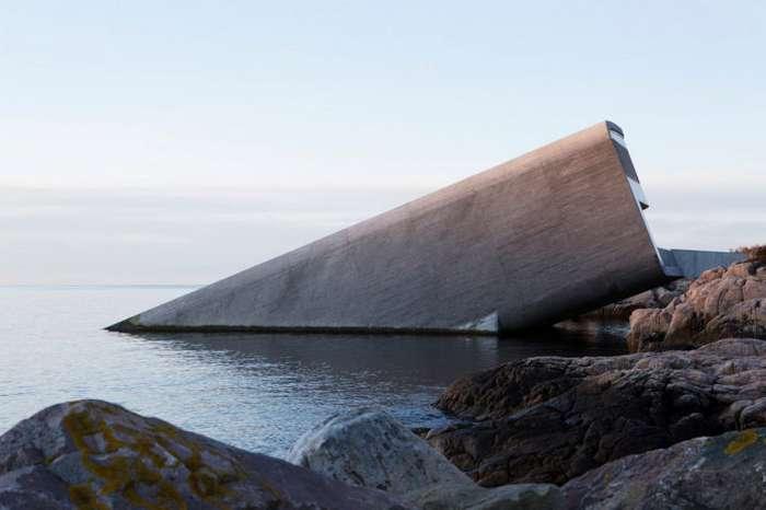 Подводный ресторан в Норвегии наконец-то открывает свои двери, спустя 2 года Интересное
