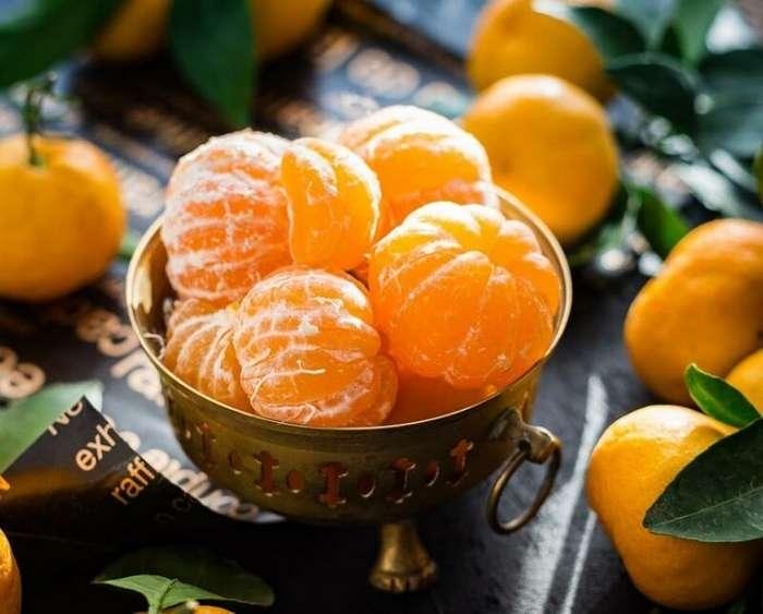 Ученые рассказали о способности мандаринов помогать в похудении                      Интересное