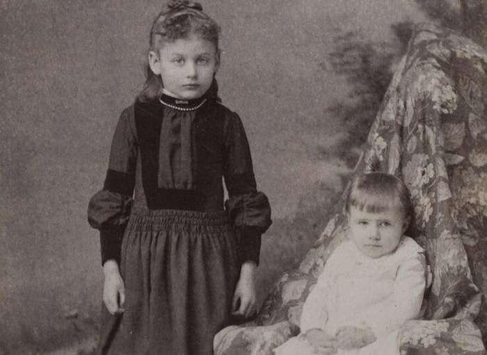 Шокирующие забавы: почему дети XIX века играли в похороны                      Интересное