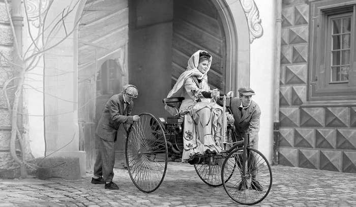 Короткометражный фильм об автомобильном путешествии Берты Бенц в 1888 году-3 фото + 1 видео-