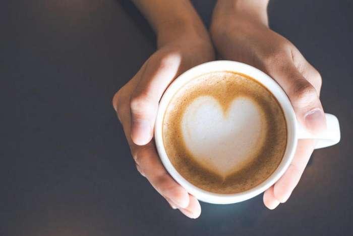 Чтобы получить бодрящий эффект от кофе, достаточно о нем активно думать: интересный эксперимент ученых